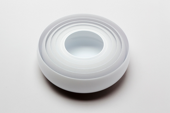 11.Bowl_.Multiple_white_and_clear_layers.jpg